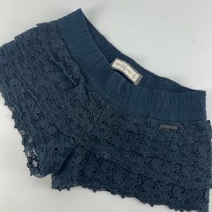 Abercrombie & Fitch Size XS Lace Navy Cheeky Label Lined Cotton Shorts